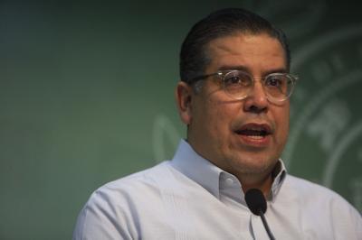 """""""Tatito"""" dice que la Cámara cumplió su parte y pide al Senado que se reúna pronto con la Junta"""