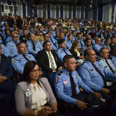 Vázquez encamina iniciativas para la Policía