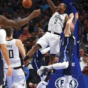 Leonard anota 36 y Clippers superan a Mavericks