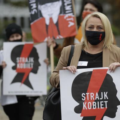 Huelga en Polonia en protesta contra fallo sobre el aborto