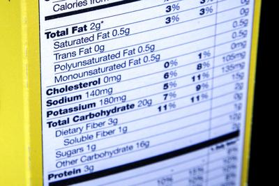 La FDA tiene metas para reducir el sodio en 163 alimentos incluidas las papas fritas