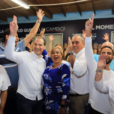 Busca convertirse en primera alcaldesa de Vega Alta