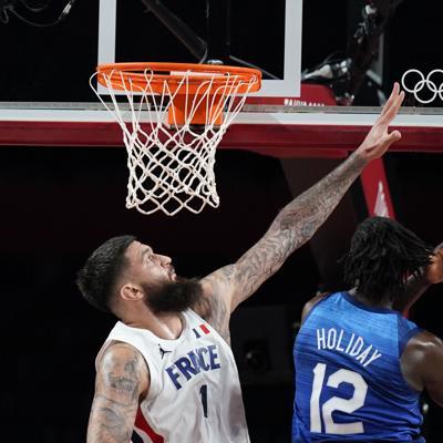 Tokio: Francia estropea el debut de Estados Unidos en baloncesto
