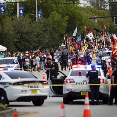 Una persona muere tras ser atropellada en un desfile del Orgullo LGBTQ+ en Florida