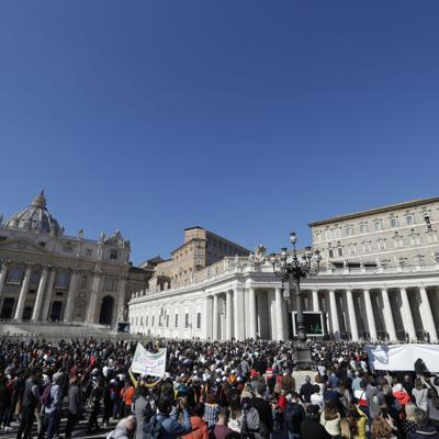 La policía del Vaticano hace redada en caso de corrupción