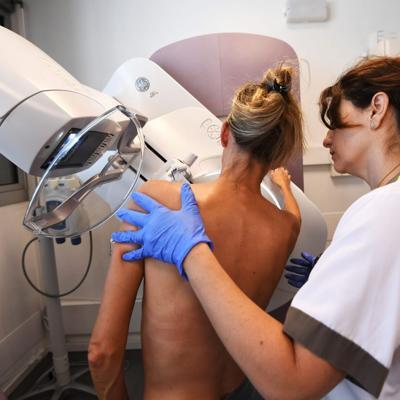 Vacunas de covid-19 podrían estar alterando resultados de mamografías