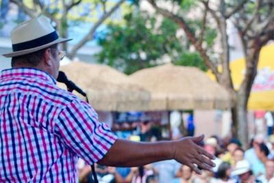Retoman el único festival en la Isla que combina el cuatro y la trova
