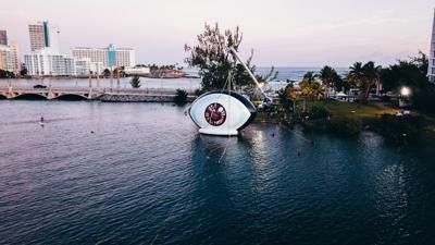Así montaron el ojo de Bad Bunny en la Laguna del Condado