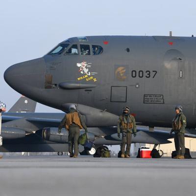 Estados Unidos envía otra advertencia a Irán con vuelos de bombarderos