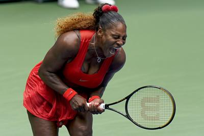 Serena Williams remonta y avanza a semis en el US Open