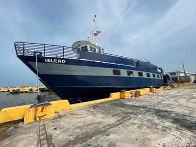 Se reintegra la barcaza Isleño
