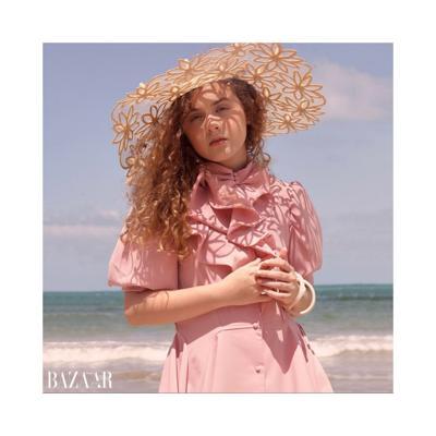 Modelo boricua aparece en la portada de la revista Harper's Bazaar Kids de Vietnam