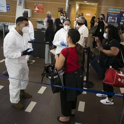 Nuevas regulaciones para viajeros en el aeropuerto