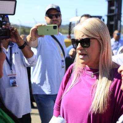 Vieques recibe con protestas a la gobernadora