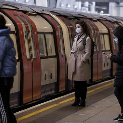 Detectan en Gran Bretaña la variante brasileña del virus