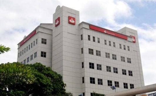 Santander informa horario especial actualidad for Horario de oficinas santander