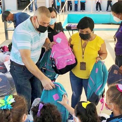 El municipio de Isabela incrementa las medidas contra el covid-19 en las escuelas públicas