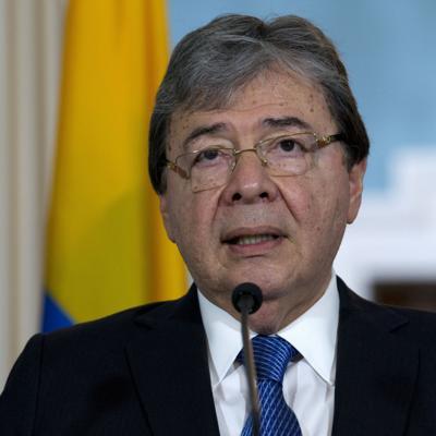 El ministro de Defensa de Colombia muere por Covid-19