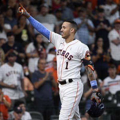 Carlos Correa homenajea a su papá con un jonrón