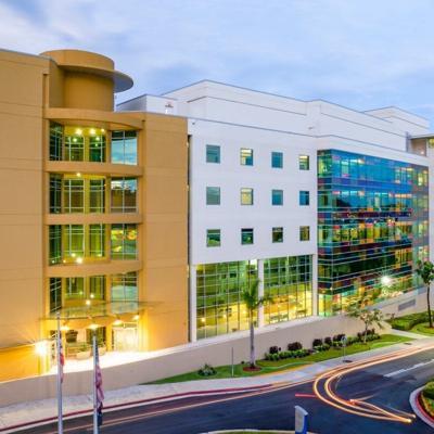 El Hospital de Veteranos suspende sus visitas por el aumento de casos de covid-19