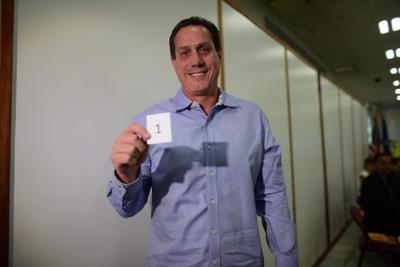 Héctor Martínez papaleta