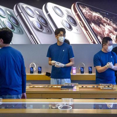 Coronavirus reducirá producción y ventas de iPhone