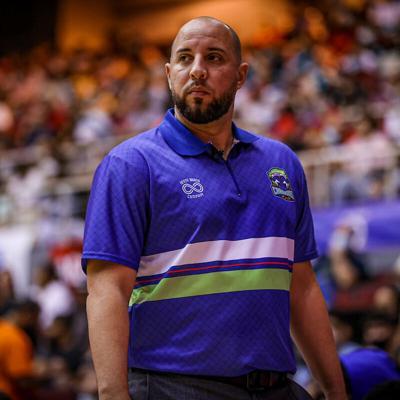 Carlos González prefiere ser asistente del nuevo dirigente de la selección nacional