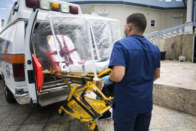 Escasean los paramédicos