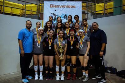 Trabajan para celebrar el Campeonato Nacional de Voleibol Escolar