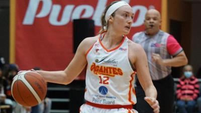 Carolina regresa al primer lugar en el Baloncesto Superior Nacional Femenino