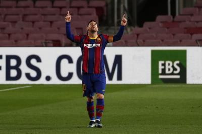 Los fanáticos del Barcelona se adaptan al inicio de la era post-Messi
