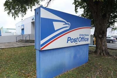Gran jurado acusa a empleado de Servicio Postal