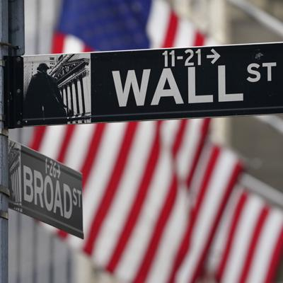 Wall Street sube y podría cerrar semana con avance sólido