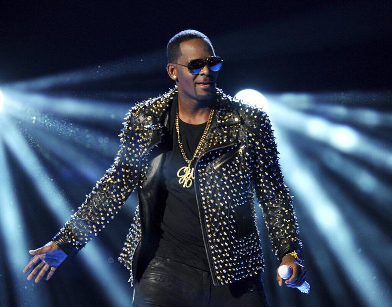 """Tras ser declarado culpable, describen al cantante R. Kelly como """"el peor depredador sexual"""" de todos"""