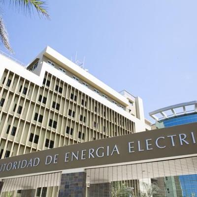Somete resolución para detener aumento en la tarifa de energía eléctrica