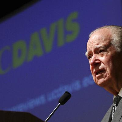 Muere primer ministro latino de Corte Suprema de California