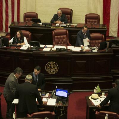 Senado aprueba $500 millones para emergencia del coronavirus