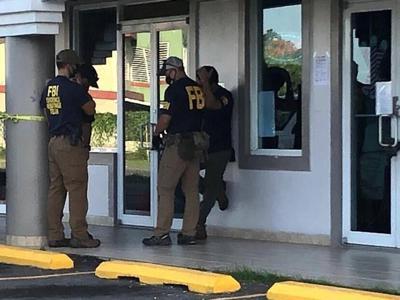 """""""Kickbacks"""" y obstrucción a la justicia entre cargos contra Del Valle"""