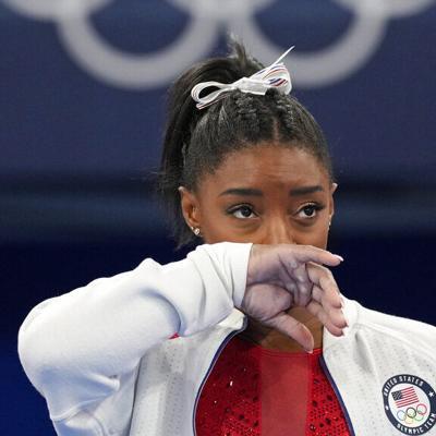 Simone Biles se retiró de la final por equipos de gimnasia por un ataque de ansiedad