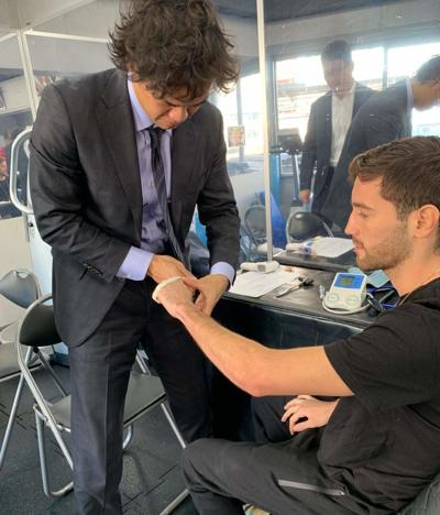 Jeyvier Cintrón participa de los chequeos médicos en Tokio