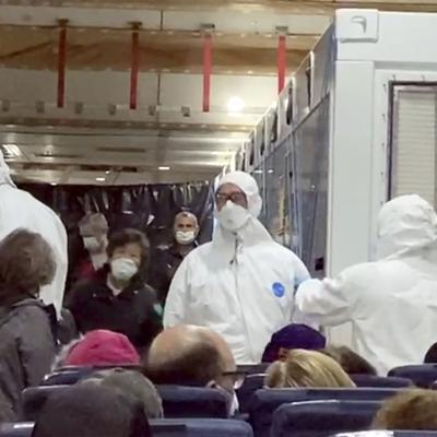 Evacuados de crucero inician una nueva cuarentena en EE.UU.