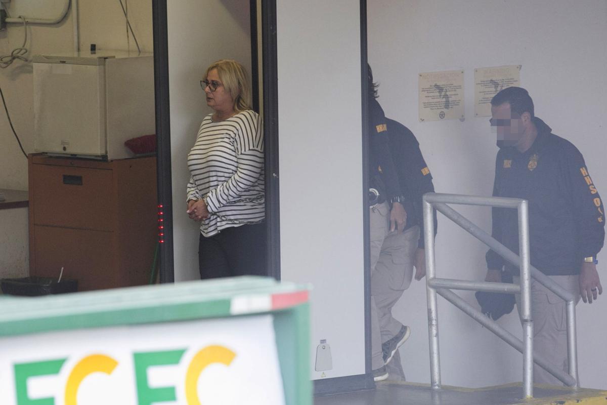 Federales realizan arrestos relacionados a pesquisas en ASES y DE