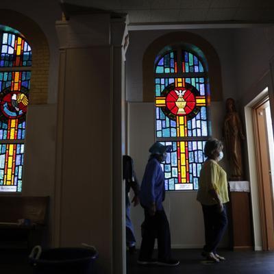 CDC borra unas directrices sobre Covid-19 para reuniones religiosas