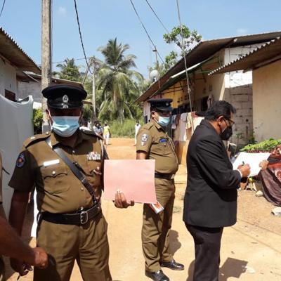 """Muere una niña golpeada durante un """"exorcismo"""" en Sri Lanka"""