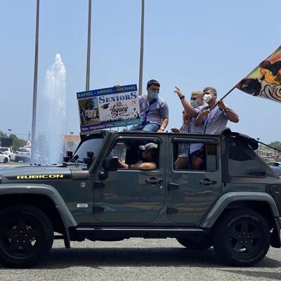 Arecibo celebra encuentro de graduados de escuela superior