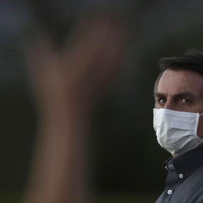 Brasil dedica monumento a víctimas del coronavirus