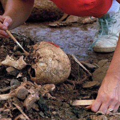 Arzobispado abre archivos de masacre El Mozote