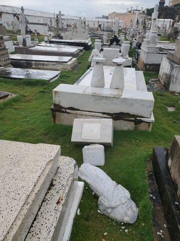 tumbas.jpg