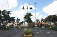 'Task force' médico no recomendó reapertura de centros comerciales