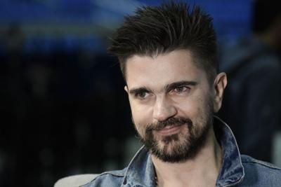 Juanes se canta un eterno estudiante